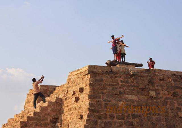 Thirumayam fort karaikudi tourists
