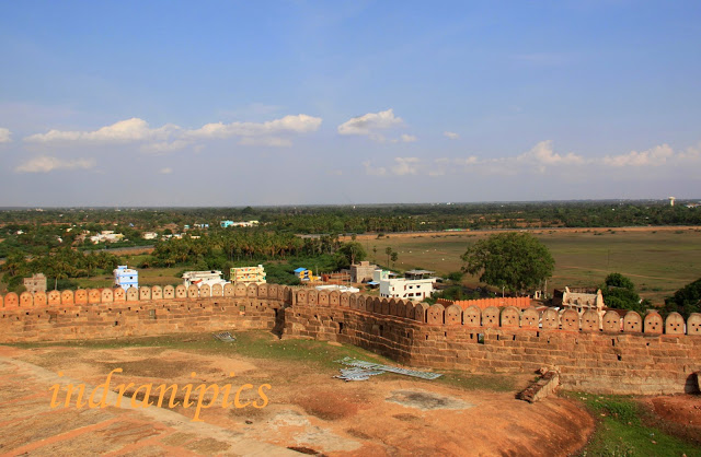 Thirumayam fort karaikudi fort wall