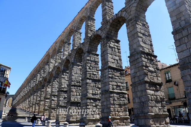aqueduct-segovia-indranipics-6