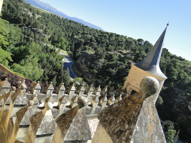 view-from-alcazar-of-segovia-indranipics-1