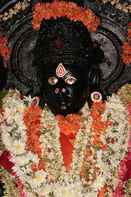 Lakshminarasimha Temple Javagal idol 2