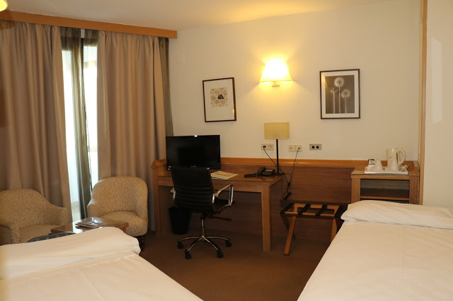 Holiday Inn Madrid - Piramides-N