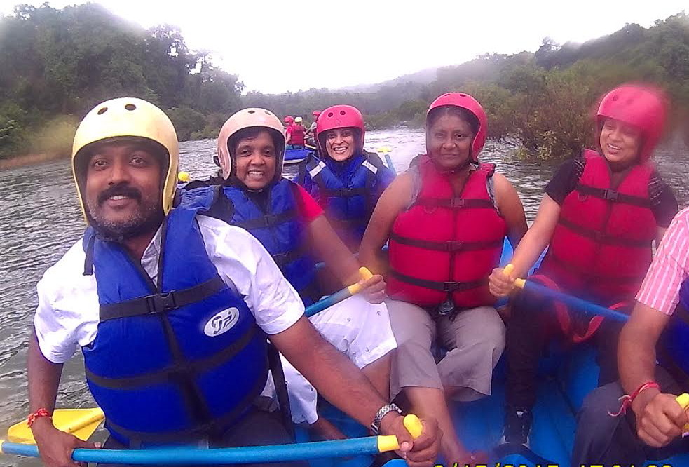 white water river rafting in goa pictures 1