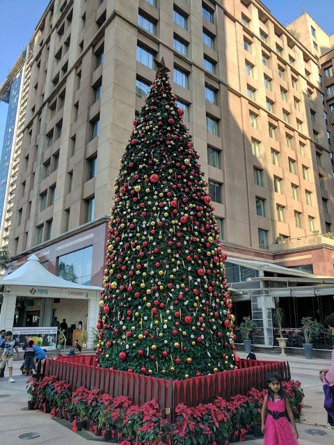 merry-christmas-ub-city-6