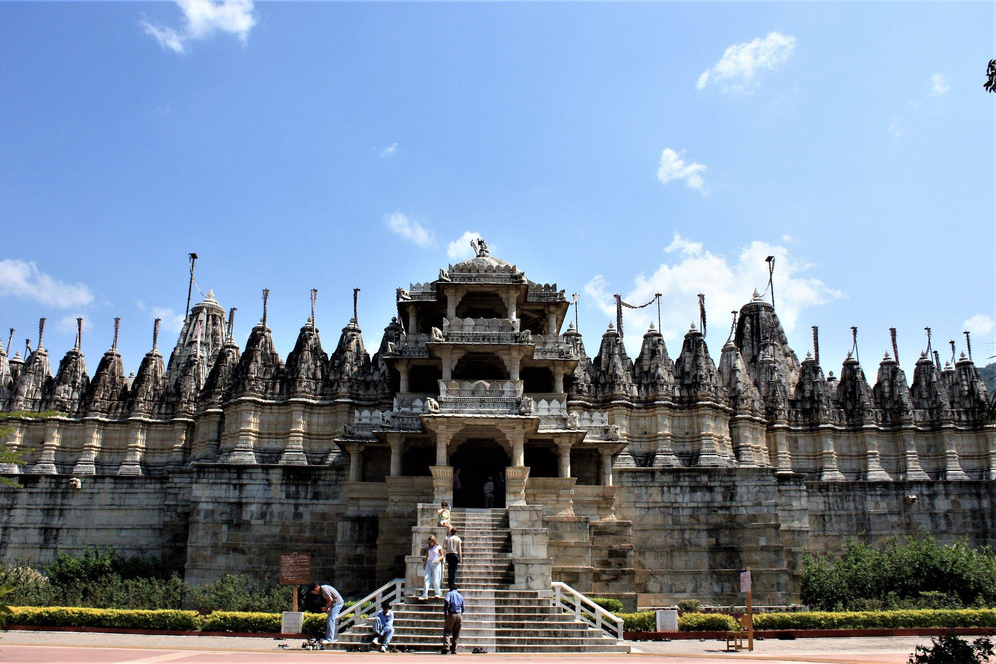 8 Amazing Facts about Ranakpur Jain Temple, near Kumbalgarh
